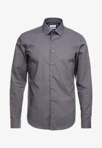 Calvin Klein Tailored - POPLIN SLIM FIT - Formální košile - charcoal - 5