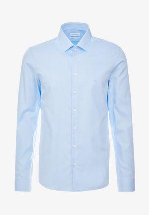 STRUCTURE EASY IRON SLIM SHIRT - Chemise - blue