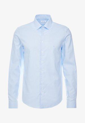 STRUCTURE EASY IRON SLIM SHIRT - Formální košile - blue