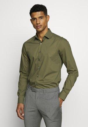 STRETCH SLIM - Camicia elegante - khaki