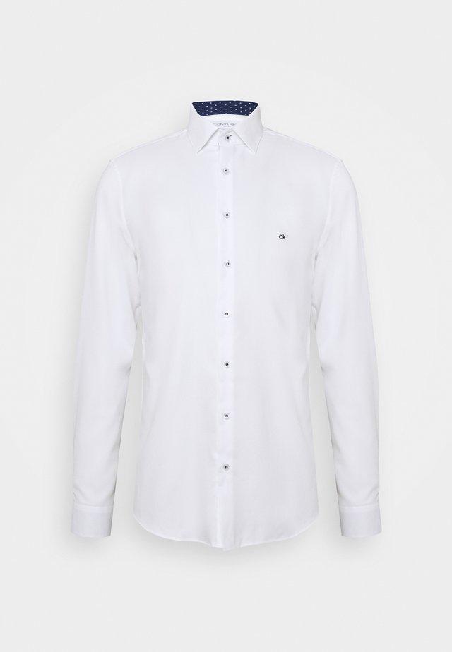 CONTRAST PRINT SLIM SHIRT - Kauluspaita - white