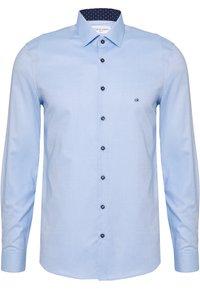 Calvin Klein Tailored - CONTRAST PRINT SLIM SHIRT - Camicia elegante - blue - 2