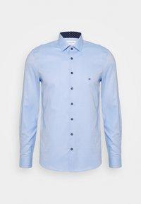 Calvin Klein Tailored - CONTRAST PRINT SLIM SHIRT - Camicia elegante - blue - 0