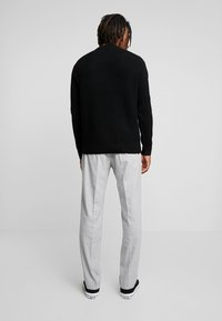 Calvin Klein Tailored - STRETCH COMFORT PANT - Bukse - grey - 2