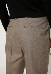 Calvin Klein Tailored - HOUNDSTOOTH EXTRAFINE - Suit trousers - grey - 5
