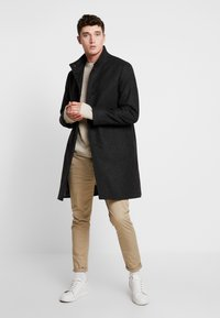 Calvin Klein Tailored - BLEND FUNNEL COAT - Wollmantel/klassischer Mantel - grey - 1