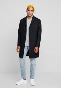 Calvin Klein Tailored - BLEND COAT - Kappa / rock - black - 1