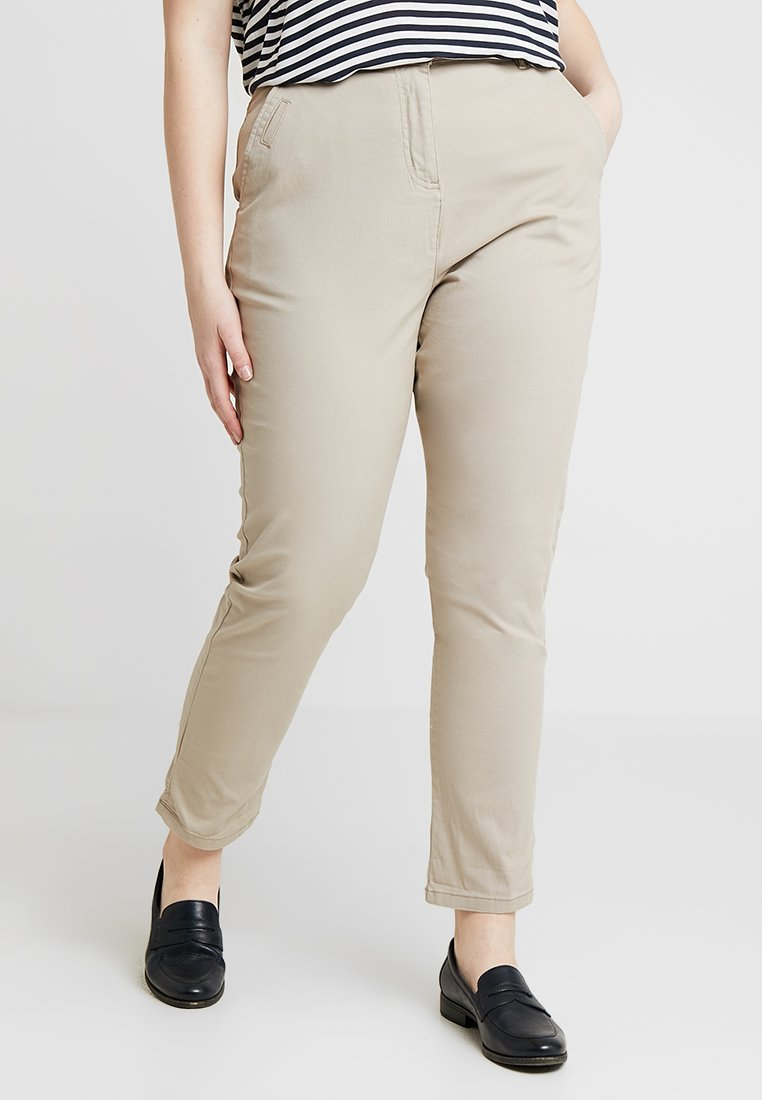 CAPSULE by Simply Be COMFORT TURN UP - Chino taupe