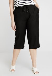 CAPSULE by Simply Be - EASY CARE CROP TROUSERS - Kraťasy - black - 0