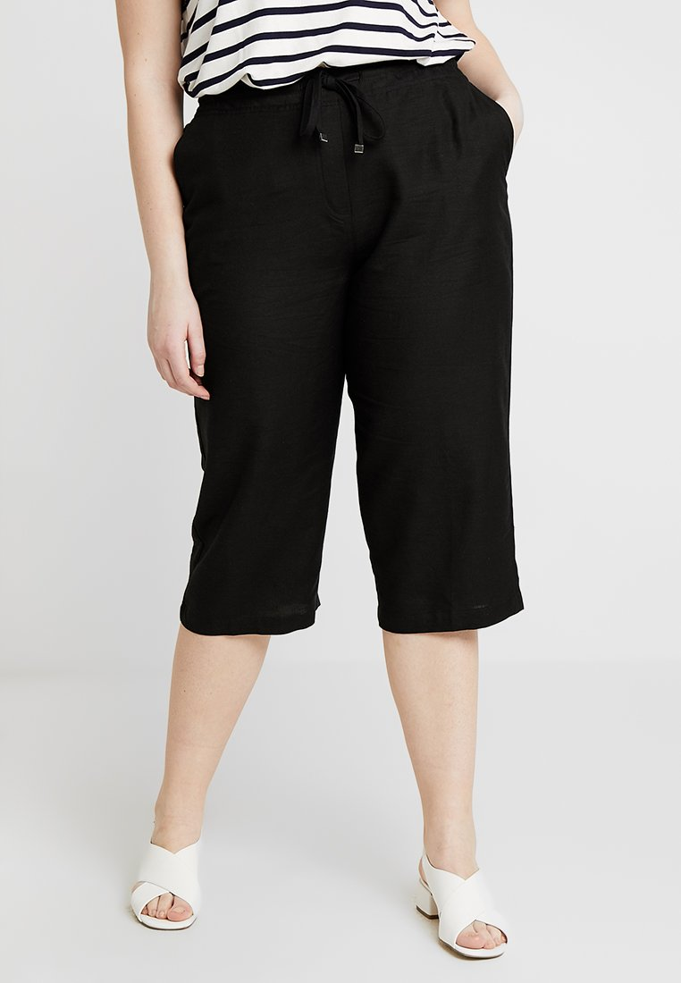 CAPSULE by Simply Be - EASY CARE CROP TROUSERS - Kraťasy - black