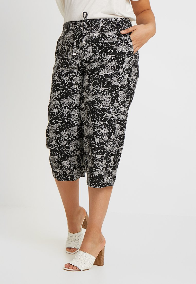 CAPSULE by Simply Be - EASY CARE CROP TROUSERS - Shorts - black/white