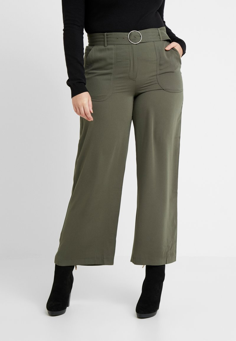 CAPSULE by Simply Be - UTILITY WIDE LEG TROUSER - Pantalones - olive