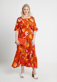 CAPSULE by Simply Be - CRINKLE SQUARE NECK DRESS - Maxikjole - orange - 1