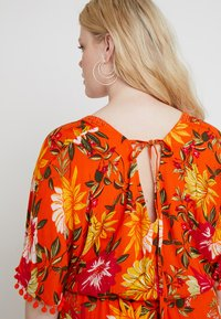 CAPSULE by Simply Be - CRINKLE SQUARE NECK DRESS - Maxikjole - orange - 5