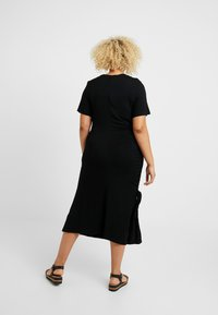 CAPSULE by Simply Be - RUCHED SIDE DRESS - Vapaa-ajan mekko - black - 2