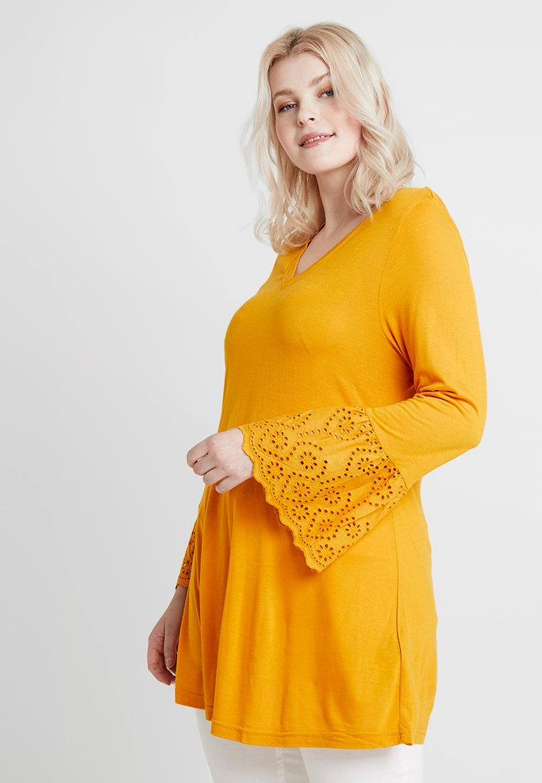 CAPSULE by Simply Be - BRODERIE CUFF LONG SLEEVE - Langærmede T-shirts - ochre