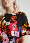 CAPSULE by Simply Be - LONGER LENGTH BOXY - Bluse - black