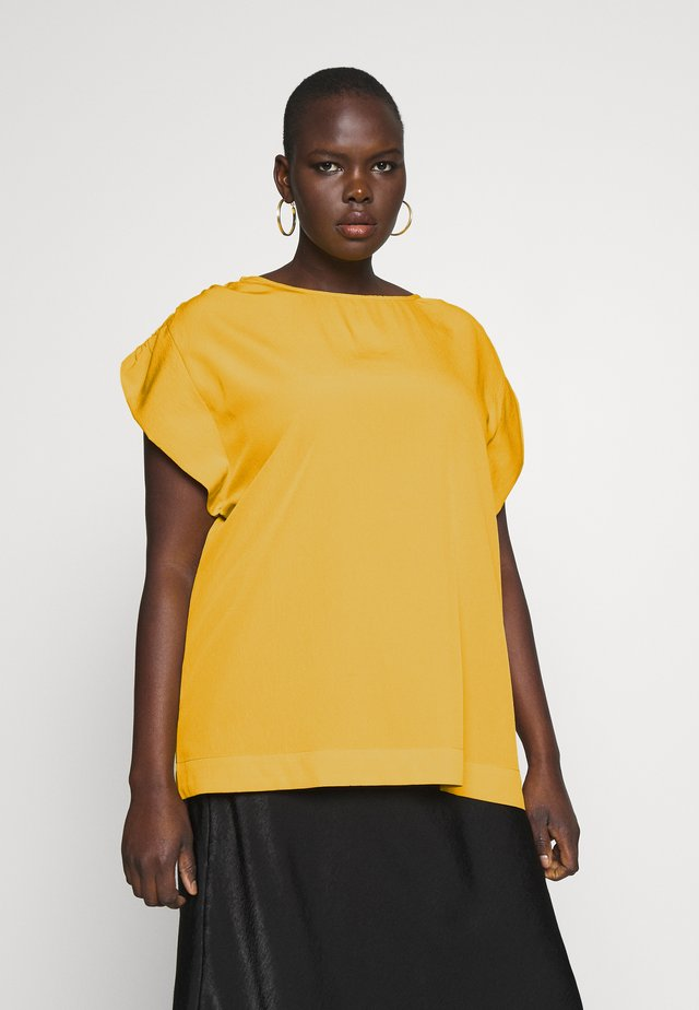 GATHERED SLEEVE BOXY - T-shirts basic - ochre