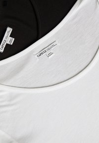 CAPSULE by Simply Be - ASYMMETRIC TOP PACK 2  - Basic T-shirt - black /white - 5