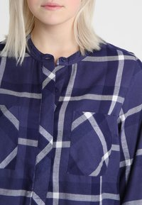 CAPSULE by Simply Be - LONGLINE - Blusa - navy - 4