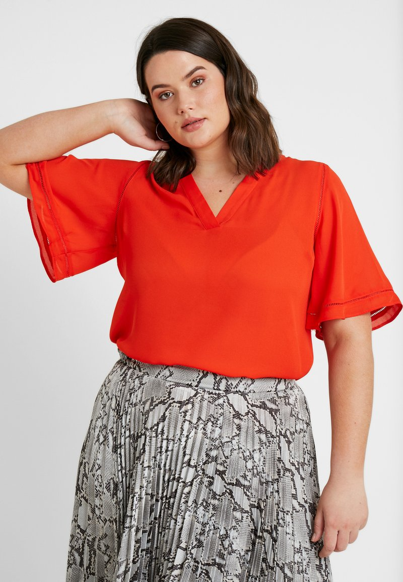 CAPSULE by Simply Be - LADDER INSERT TUNIC - Blusa - orange