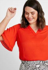 CAPSULE by Simply Be - LADDER INSERT TUNIC - Bluser - orange - 3