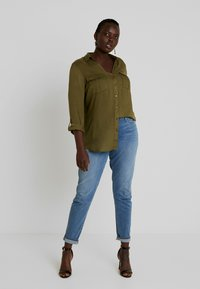 CAPSULE by Simply Be - UTILITY - Bluser - khaki - 1