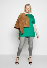 CAPSULE by Simply Be - Bluse - green - 1
