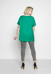 CAPSULE by Simply Be - Bluse - green - 2