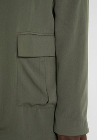CAPSULE by Simply Be - UTILITY - Blazer - olive - 5