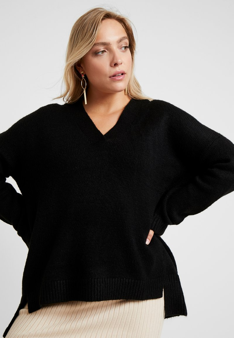 CAPSULE by Simply Be - ELEVATED ESSENTIALS V NECK JUMPER - Strikpullover /Striktrøjer - black