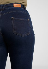 CAPSULE by Simply Be - SHAPE & SCULPT - Jeans Skinny Fit - indigo - 5