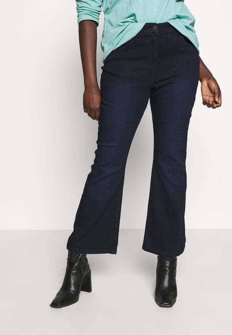 CAPSULE by Simply Be - KIM - Jeans bootcut - indigo