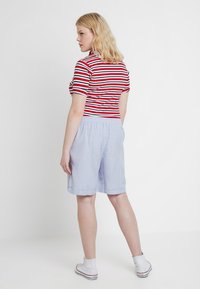 CAPSULE by Simply Be - EASY CARE MIX  - Shorts - pale blue - 2