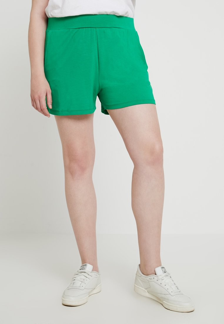 CAPSULE by Simply Be - Shorts - green