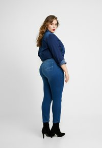 CAPSULE by Simply Be - LEXI - Jeans Skinny Fit - blue - 2
