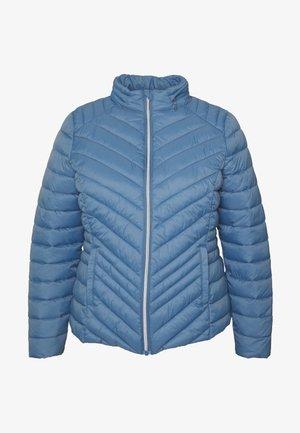 PACKAWAY SHORT LIGHTWEIGHT PADDED JACKET WITH CONCEALED HOOD - Lehká bunda - denim blue