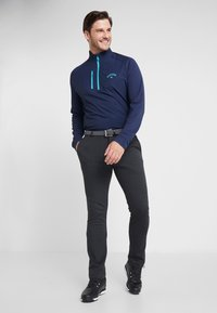 Callaway - LIGHT WEIGHT PRINTED MIX MEDIA 1/4 ZIP - T-shirt de sport - peacoat/baltic - 1