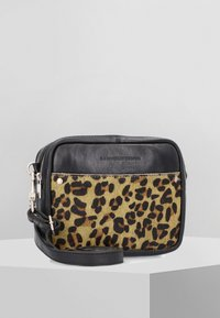 Cowboysbag - Schoudertas - black/dark yellow - 0