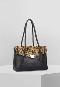 Cowboysbag - Shopping Bag - black - 0