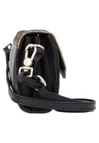 Cowboysbag - Across body bag - black/light green - 4