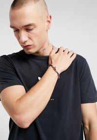Icon Brand - CROSS BREED BRACELET - Armband - silver-coloured - 1