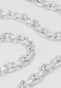 Icon Brand - CHUNKY CHAIN NECKLACE - Halskette - antique silver-coloured