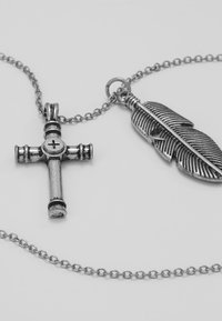 Icon Brand - CROSS AND FEATHER NECKLACE - Kaulakoru - antique silver-coloured - 4