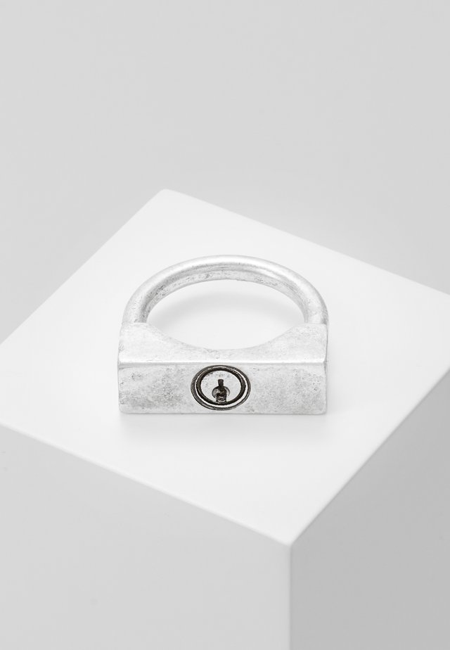 DISORIENTATE - Ring - silver-coloured