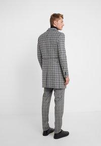 CC COLLECTION CORNELIANI - Classic coat - grey - 2