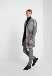 CC COLLECTION CORNELIANI - Classic coat - grey - 1
