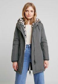 Canadian Classics - LANIGAN NEW - Winter coat - fango - 0
