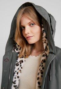 Canadian Classics - LANIGAN NEW - Winter coat - fango - 3