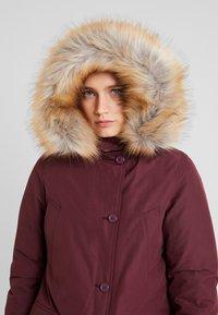 Canadian Classics - LINDSAY - Down coat - port - 4